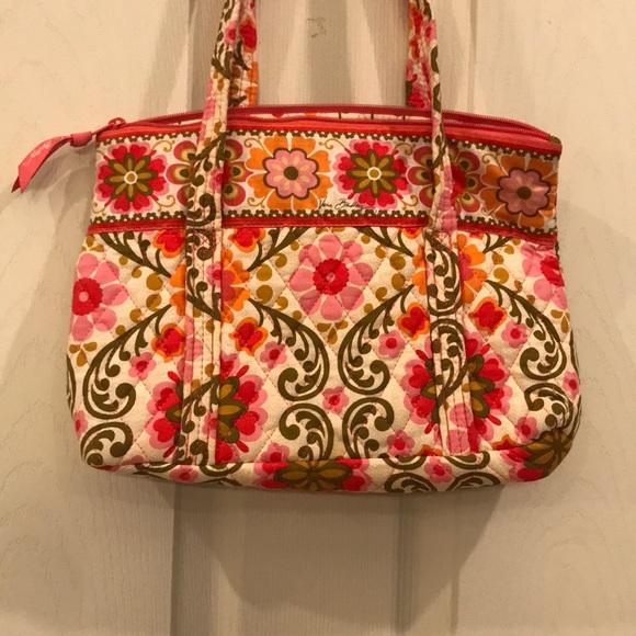 f6d05f72ead0 Vera Bradley Bag in Folkloric Pattern